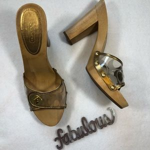 COACH Gold Toned Clog Heel Women's Shoe. Size 8.5